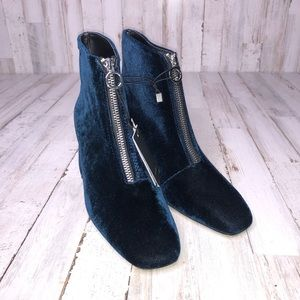 Zara Shoes - Chunky High Ankle Boots with zip Navy Blue Velvet
